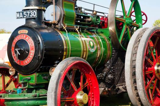 Traction Engine Colour1